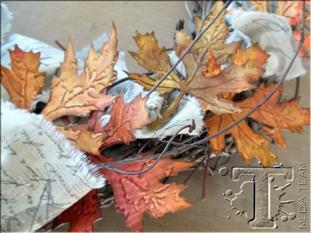 Autumn Wreath by Richele Christensen   www.timholtz.com
