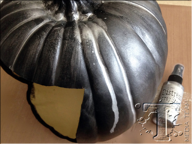 Scary Pumpkin Configurations by Richele Christensen | www.timholtz.com
