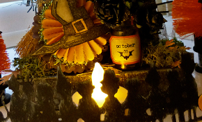 Trick or Treat Box by Emma Williams | www.timholtz.com