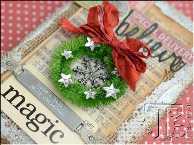 Christmas Magic Burlap Panel by Vicki Boutin | www.timholtz.com