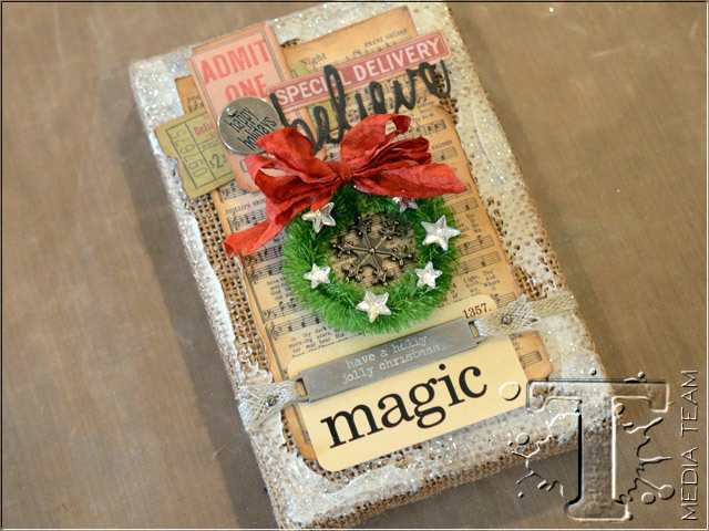 Christmas Magic Burlap Panel by Vicki Boutin | www.timholtz.com